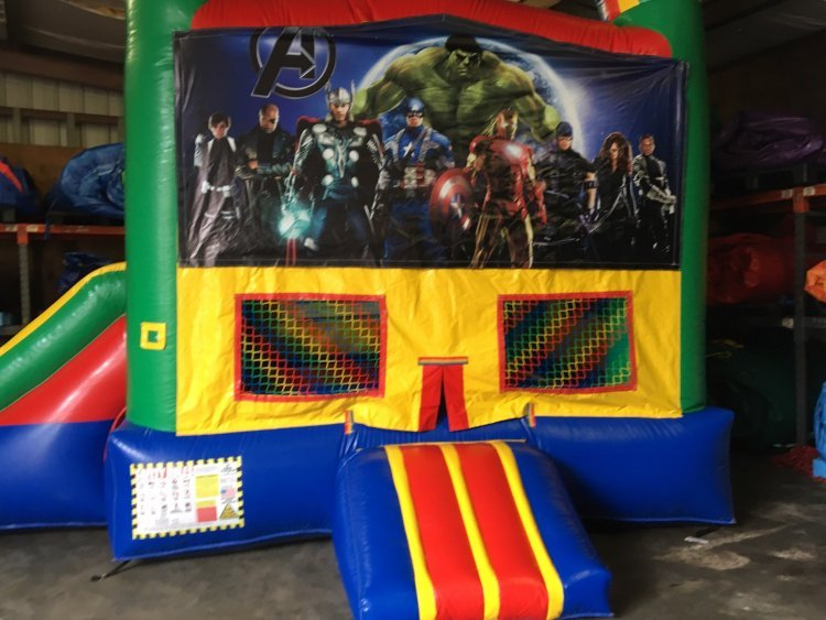 Avengers Bouncer W/Slide  (22x13x15)